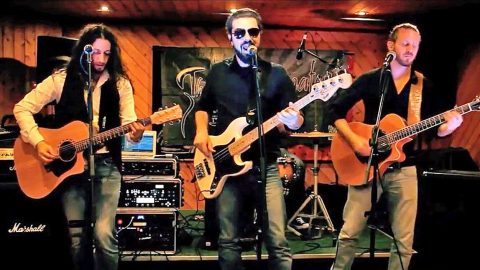Italian Band Dives Into Southern Rock With Impressive Cover Of 'Call Me The Breeze' | Country Music Videos