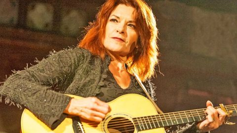 Rosanne Cash Vows To Return To Site Of Paris Attacks, Perform There For First Time In 25 Years | Country Music Videos