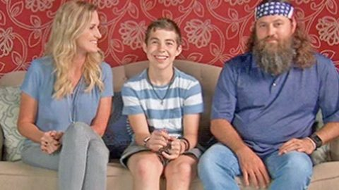 Willie and Korie Robertson's Newly Adopted Son Makes 'Duck Dynasty' Debut | Country Music Videos