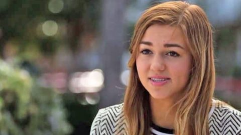 Sadie Robertson Reveals Fame Distracted Her From Her Goals   Country Music Videos