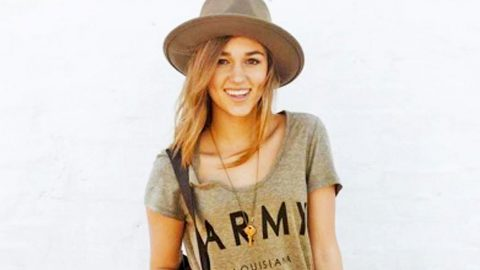 Sadie Robertson Met Medal Of Honor Recipient At USO Armed Forces Gala, Shares Photo | Country Music Videos