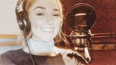 Sadie Robertson And Christian Band Team Up For Inspiring Song | Country Music Videos