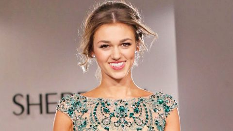 5 Things You Don't Know About Sadie Robertson | Country Music Videos