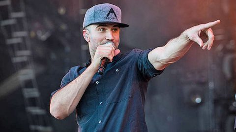 Sam Hunt And Surprise Superstar Guest Perform 90s Country Medley | Country Music Videos