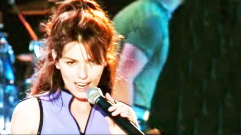 Shania Twain Turns Up The Sass In '90s Performance Of 'Honey I'm Home' | Country Music Videos