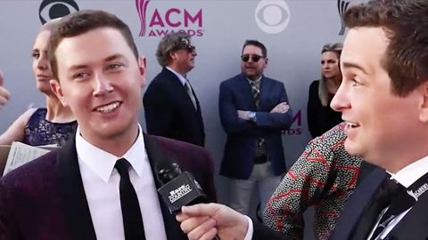 Scotty McCreery Spills On Why His Girlfriend Wasn't At ACMs | Country Music Videos