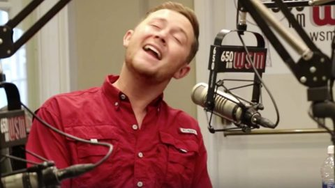 Scotty McCreery Performs Swoon-Worthy Elvis Presley Cover You Need To Hear | Country Music Videos