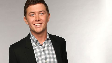 Watch Scotty McCreery Attempt To Speak With Different Accents (FUNNY!) | Country Music Videos