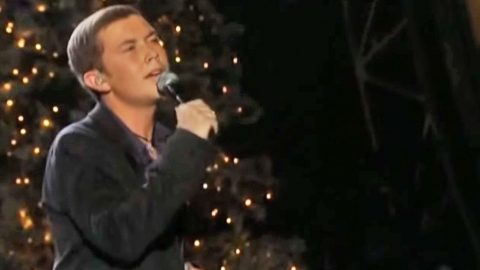 Scotty McCreery Delivers A 'First Noel' Performance That'll Bring You To Your Knees | Country Music Videos