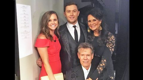 """Scotty McCreery Nervously Performs """"Forever and Ever, Amen"""" While Randy Travis Looks On   Country Music Videos"""
