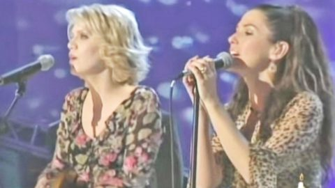 Shania Twain & Alison Krauss Team Up For Heavenly 'Forever And For Always' | Country Music Videos