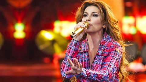 Shania Twain Cancels Shows Due To Unexpected Illness | Country Music Videos