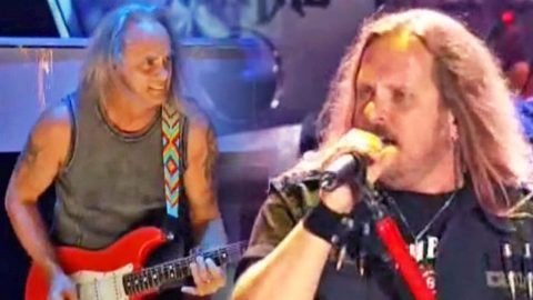 Skynyrd Smashes The Old With The New In Back To Back Performances That Are Out Of This World   Country Music Videos