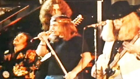 Throwback Footage Flaunts Skynyrd's Unshakable Talent In 'Workin' For MCA'   Country Music Videos