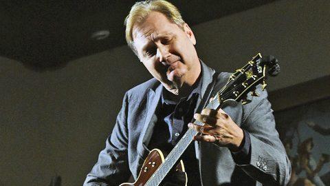 Steve Wariner Mourns Devastating Loss | Country Music Videos