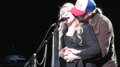 5be91e2a Kid Rock Crashes Stevie Nicks' 'Landslide' For An Unexpected Kiss ...
