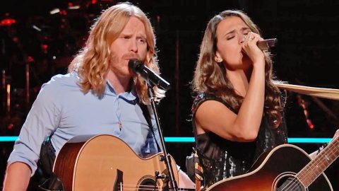 'Voice' Singer Finds Home On New Coach's Team After Epic Tom Petty Battle Performance | Country Music Videos