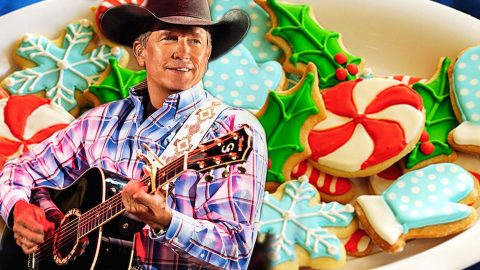 George Strait Can't Wait For Your 'Christmas Cookies' In This Holiday Favorite | Country Music Videos