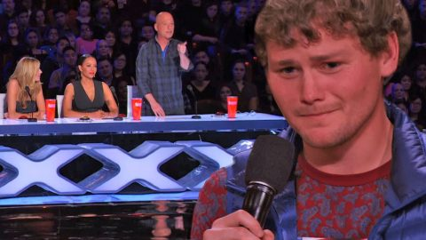 Stuttering Comedian Goes On America's Got Talent, And You Won't Believe What One Judge Does! (WATCH) | Country Music Videos