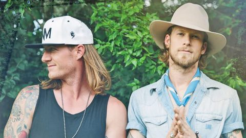 Florida George Line's Tyler Hubbard Makes Huge Change In Appearance | Country Music Videos