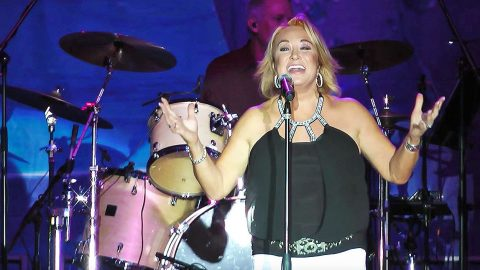 Tanya Tucker Immortalizes Tammy Wynette With Passionate 'Stand By Your Man' | Country Music Videos