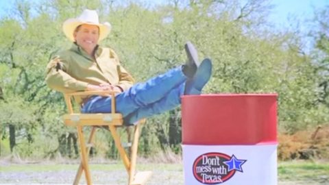Hysterical Bloopers From George Strait's 'Don't Mess With Texas' PSA Surfaces | Country Music Videos