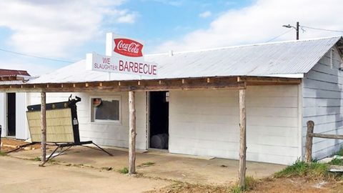 Infamous Texas Chainsaw Massacre Gas Station Reopens? Find Out Why! | Country Music Videos