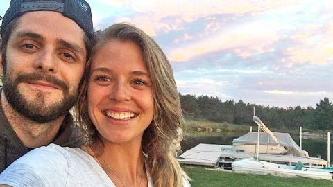11 Of The Cutest Photos Thomas Rhett & Lauren Akins Have Ever Shared With The World | Country Music Videos