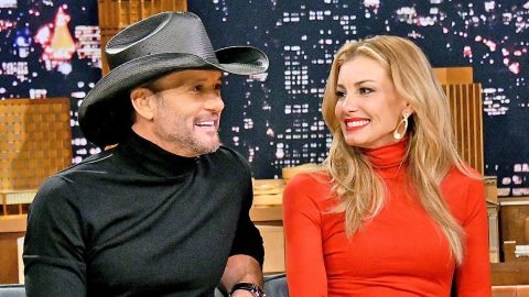 Tim McGraw Shares Candid Photo Of Faith Hill – And She Looks Gorgeous As Ever   Country Music Videos