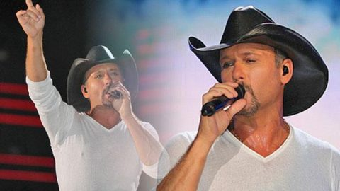 Tim McGraw – Something Like That (LIVE CMA Festival 2010) | Country Music Videos
