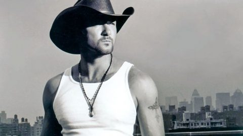 "Tim McGraw Embraces His Inner Bad Boy For Role In TNT Drama Series, ""Robbers"" 