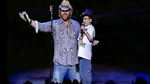 Toby Keith Makes Dream Come True For Young Boy With Liver Disease | Country Music Videos
