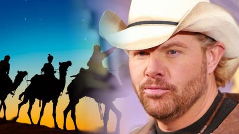 Toby Keith – We Three Kings (VIDEO) | Country Music Videos