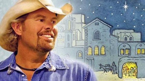 Toby Keith – O Little Town Of Bethlehem (VIDEO) | Country Music Videos