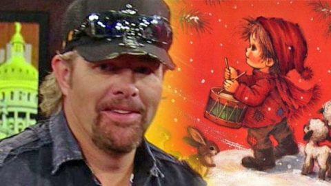 Toby Keith – Little Drummer Boy (LIVE) (VIDEO)   Country Music Videos