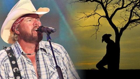 Toby Keith – I Can't Take You Anywhere (LIVE) (ft. Scotty Emerick) (VIDEO) | Country Music Videos
