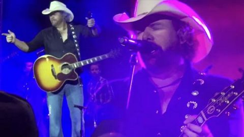 Toby Keith – Should've Been a Cowboy (LIVE) | Country Music Videos