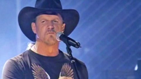 'Songs About Me' Shuts Down City Slickers Who Claim Country Music Is Just A 'Hillbilly Thing' | Country Music Videos