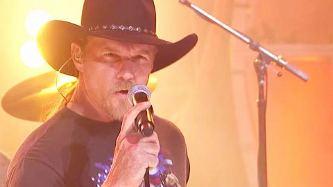 This Smokin' Hot Performance Of 'Honky Tonk Badonkadonk' Will Leave You Beggin' For More | Country Music Videos