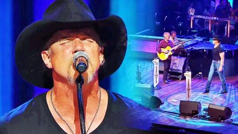 Trace Adkins – This Ain't No Thinkin' Thing (LIVE) (WATCH) | Country Music Videos