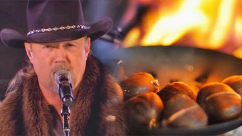 Trace Adkins – The Christmas Song (LIVE) (VIDEO) | Country Music Videos