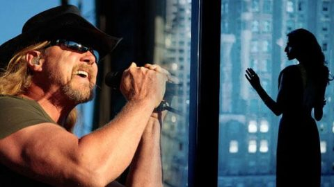 Trace Adkins – Cowboy's Back In Town (VIDEO) | Country Music Videos
