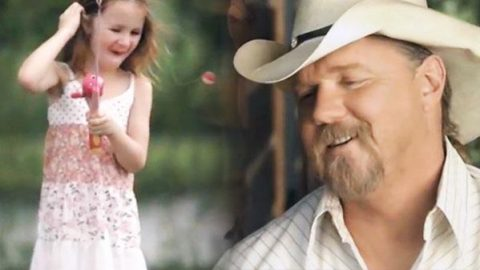 Trace Adkins – Just Fishin' (WATCH) | Country Music Videos