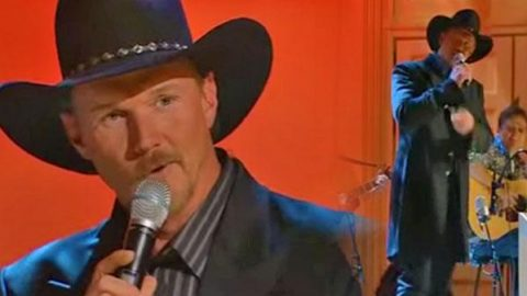 Trace Adkins – Songs About Me (LIVE at the Opry) (VIDEO) | Country Music Videos