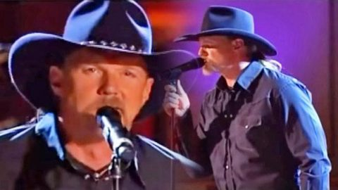 Trace Adkins – Sunday Mornin' Comin' Down (LIVE) (VIDEO) | Country Music Videos