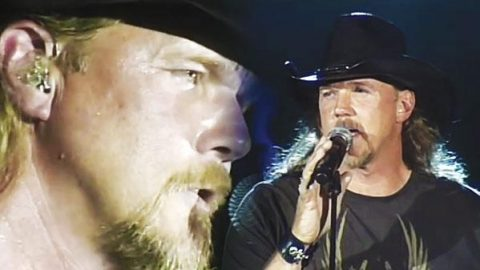 Trace Adkins – I'm Tryin' (LIVE) (WATCH)   Country Music Videos
