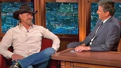 Trace Adkins – Interview with Craig Ferguson (Racy Topics) (WATCH) | Country Music Videos
