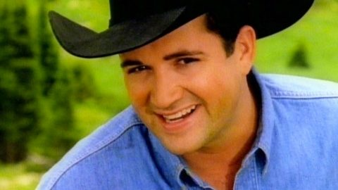 A Tribute To Tracy Byrd: The Legend That Brought Us 'The Keeper Of The Stars'   Country Music Videos