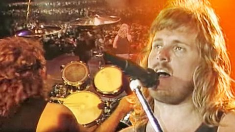 Return Of Skynyrd: Reunited Band Rekindles 'What's Your Name' In Vibrant Tribute Performance | Country Music Videos