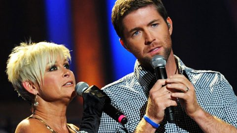 Josh Turner And Lorrie Morgan Perform Stunning Rendition Of Classic 'Golden Ring' | Country Music Videos